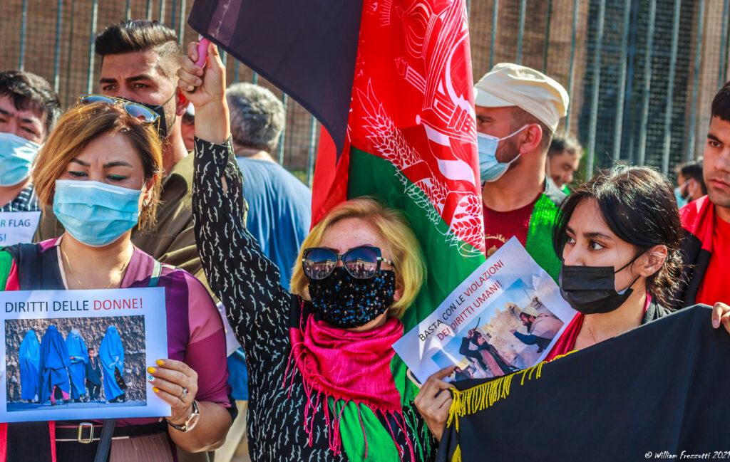 manifestazione-comunita-afghana-roma-21-08-2021